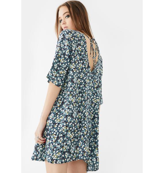 Motel Floral Field Rosella Shift Dress