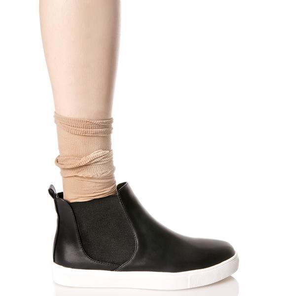 Grind Sneakers