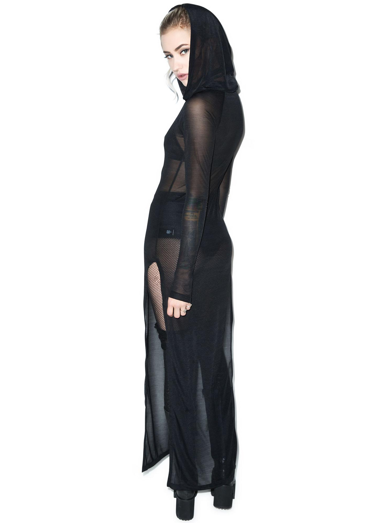 Widow Raven's Shroud Long Sleeve Hooded Gown