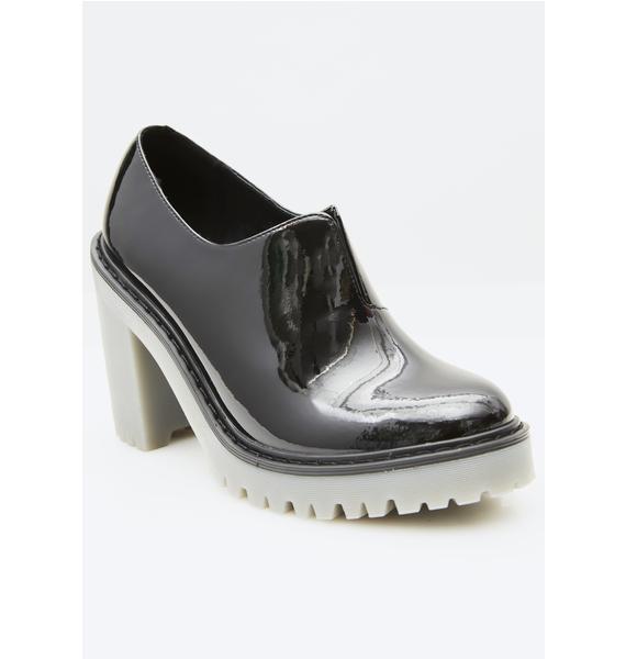 Dr. Martens Cordelia Boots