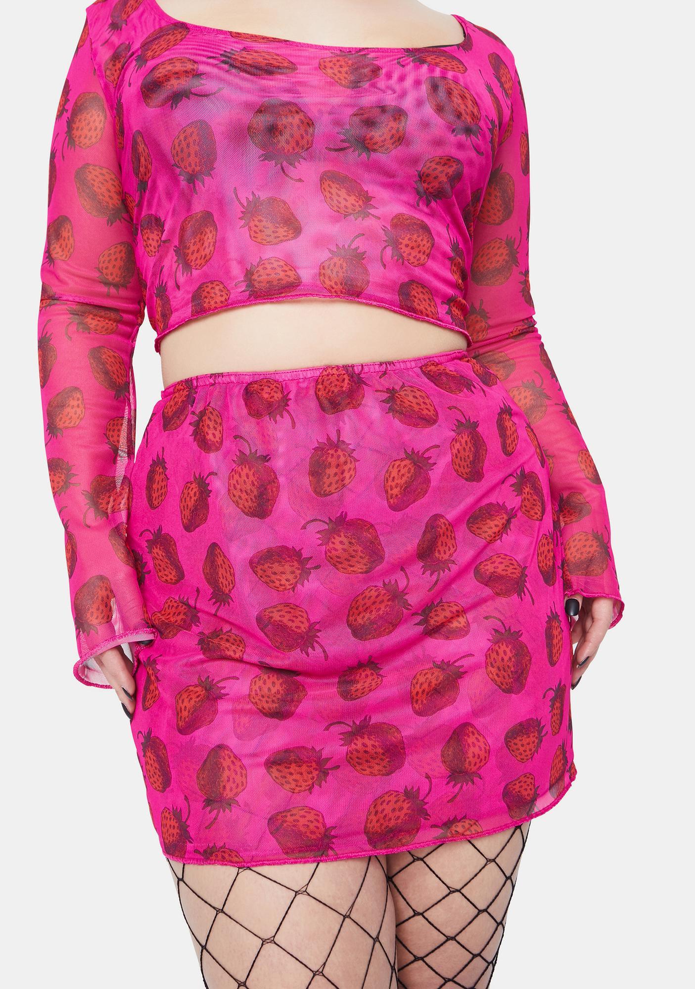 NEW GIRL ORDER Curve Strawberry Mesh Mini Skirt