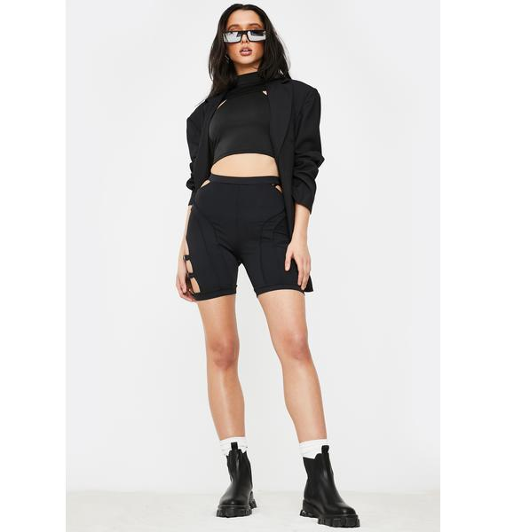 Poster Grl Feature Me Buckle Biker Shorts