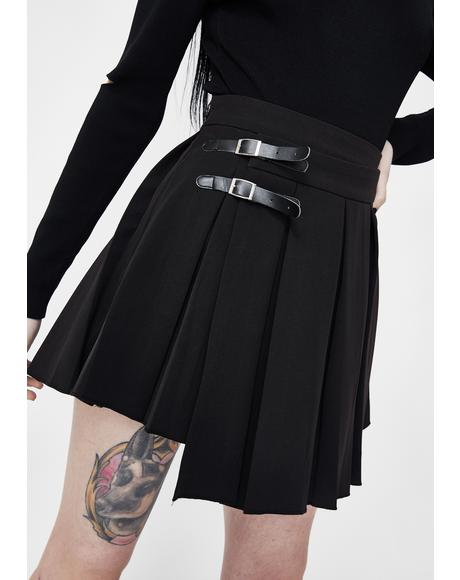 Upside Down Buckle Pleated Skirt