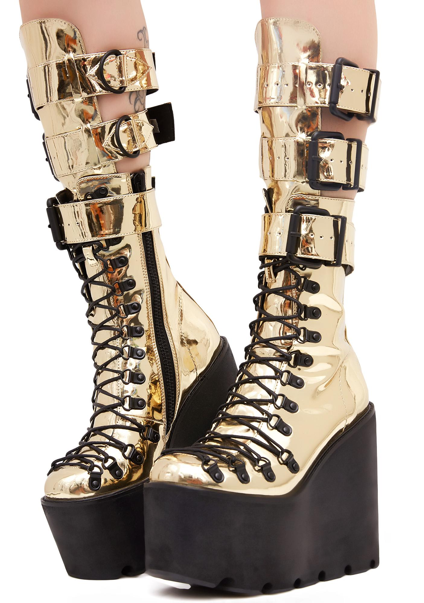 Gilded Guardian Boots ...