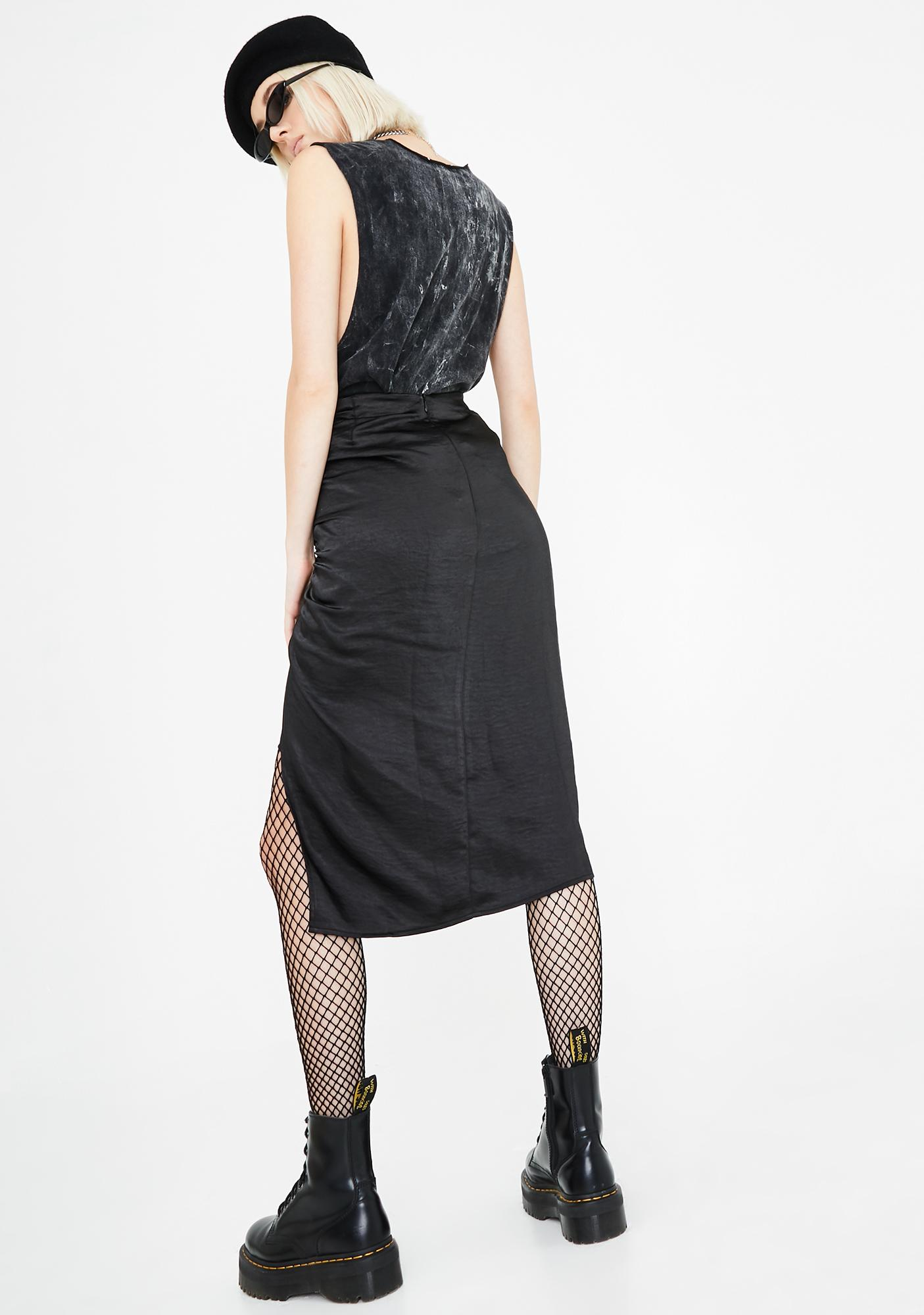 Motel Naty Ruched Midi Skirt
