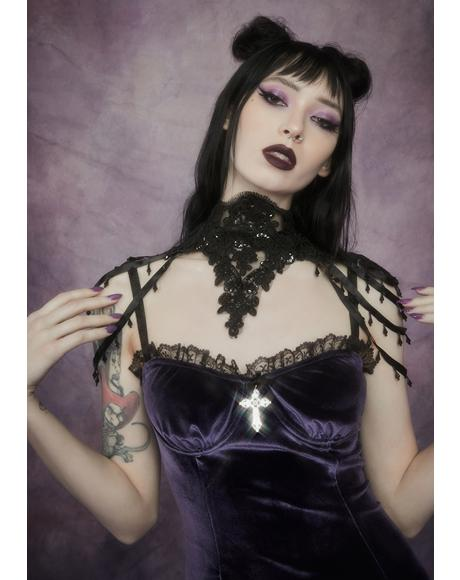 Belle Of The Dead Lace Collar