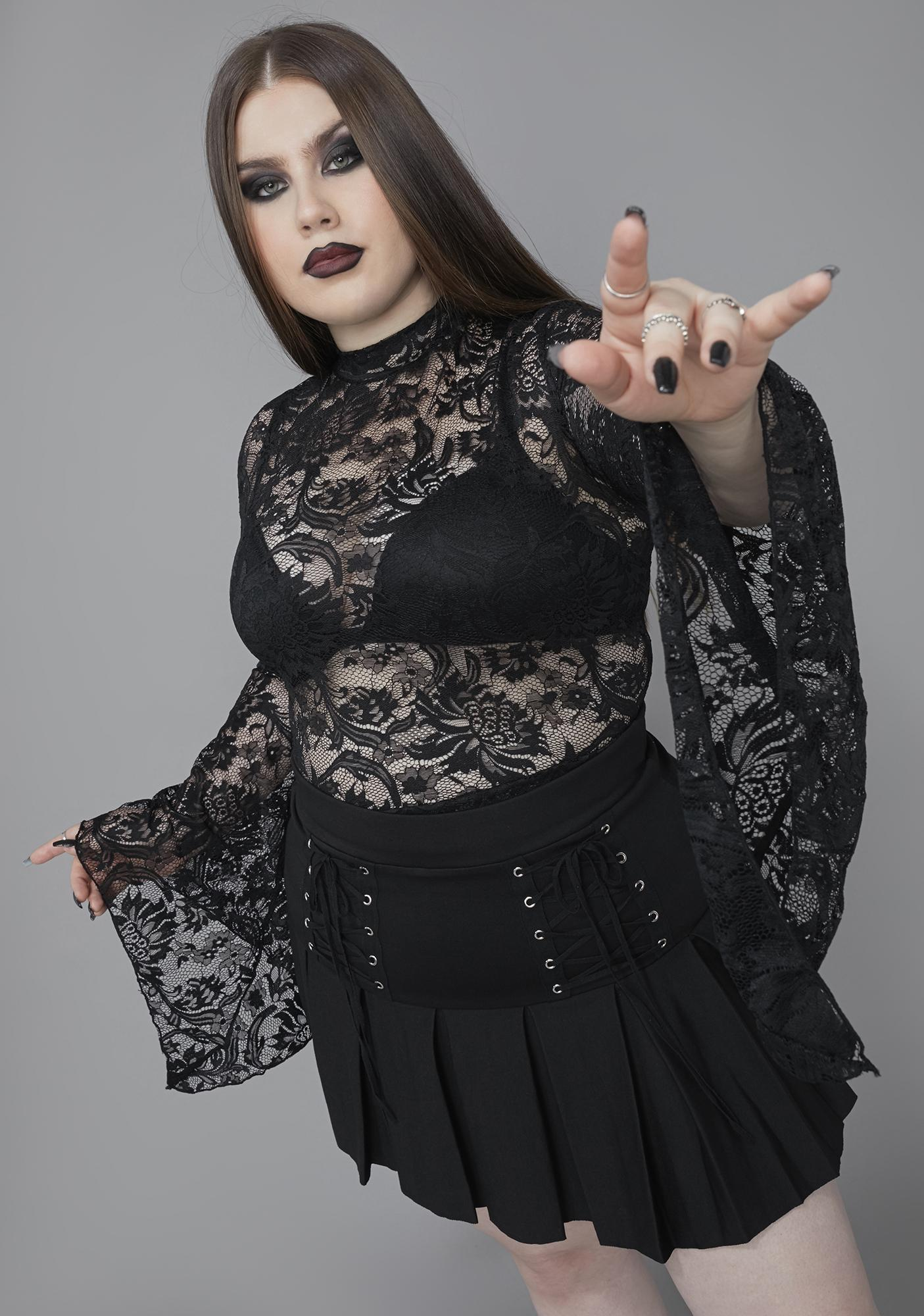 Widow Of Grave Importance Lace Crop Top