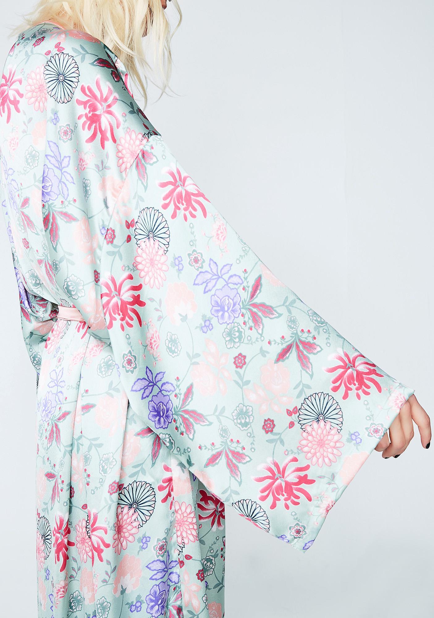 Glamorous Blushing Princess Kimono