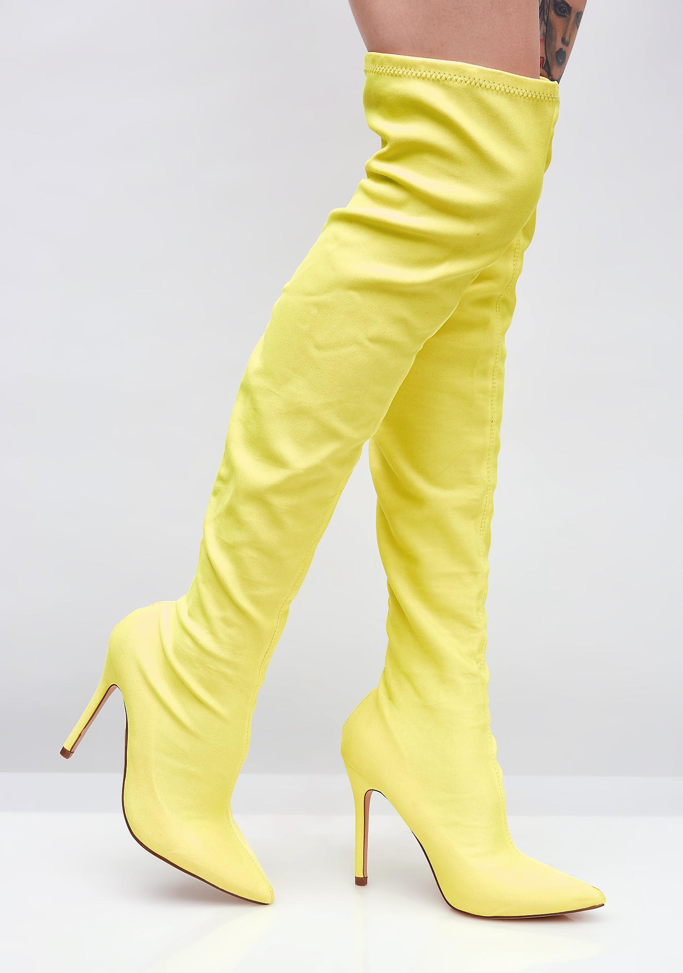 Keep Lookin' Over The Knee Boots