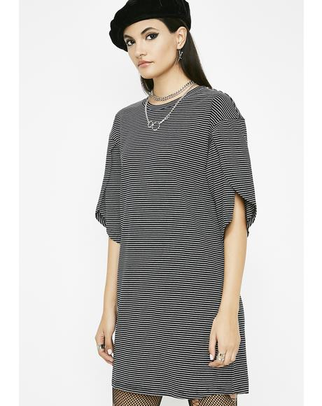 Onyx Sitting Front Row Tee Dress