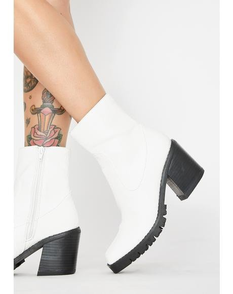 Arctic Just Went Viral Ankle Boots