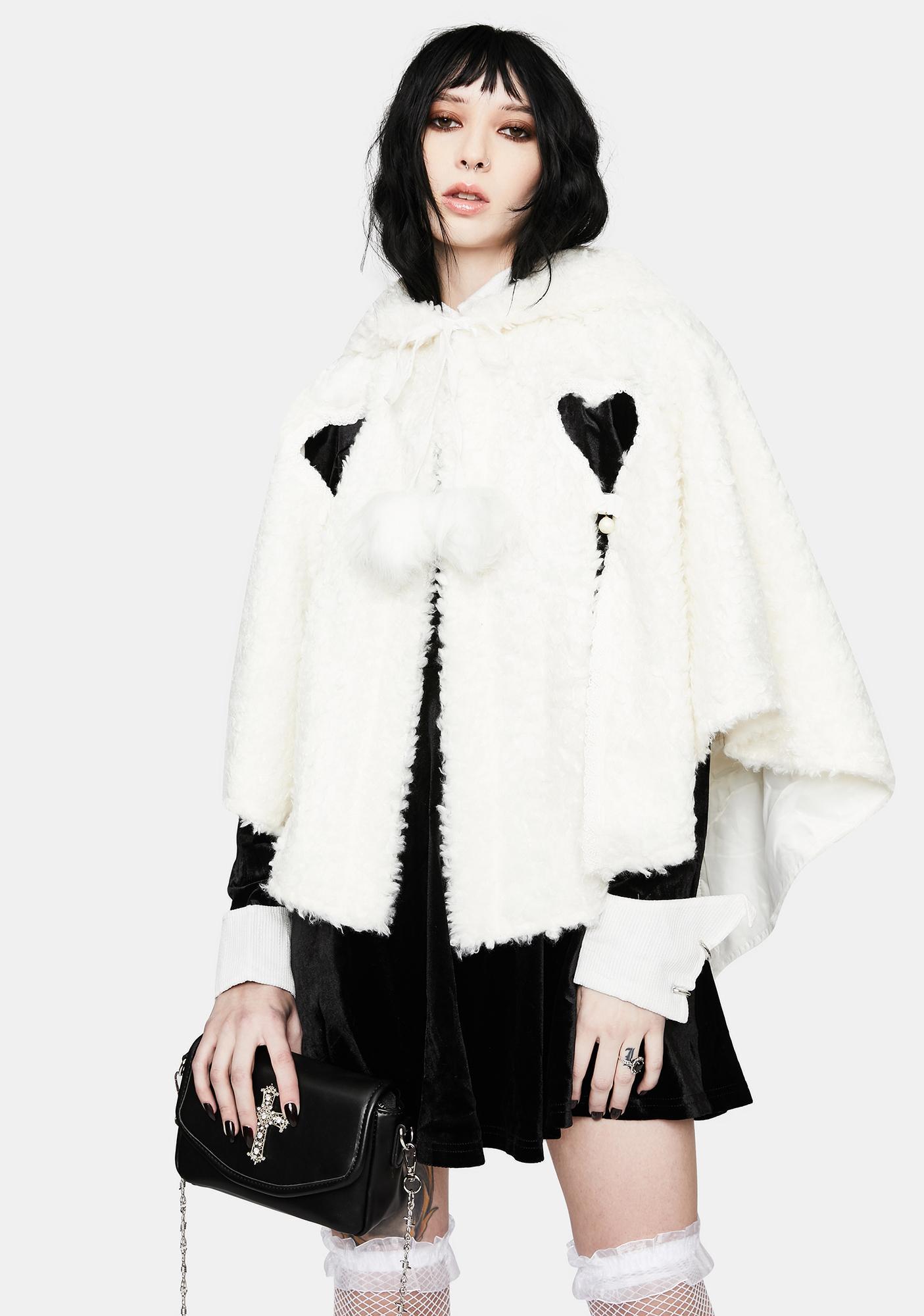 Punk Rave Lolita Heart Shaped Hollow White Plush Cape