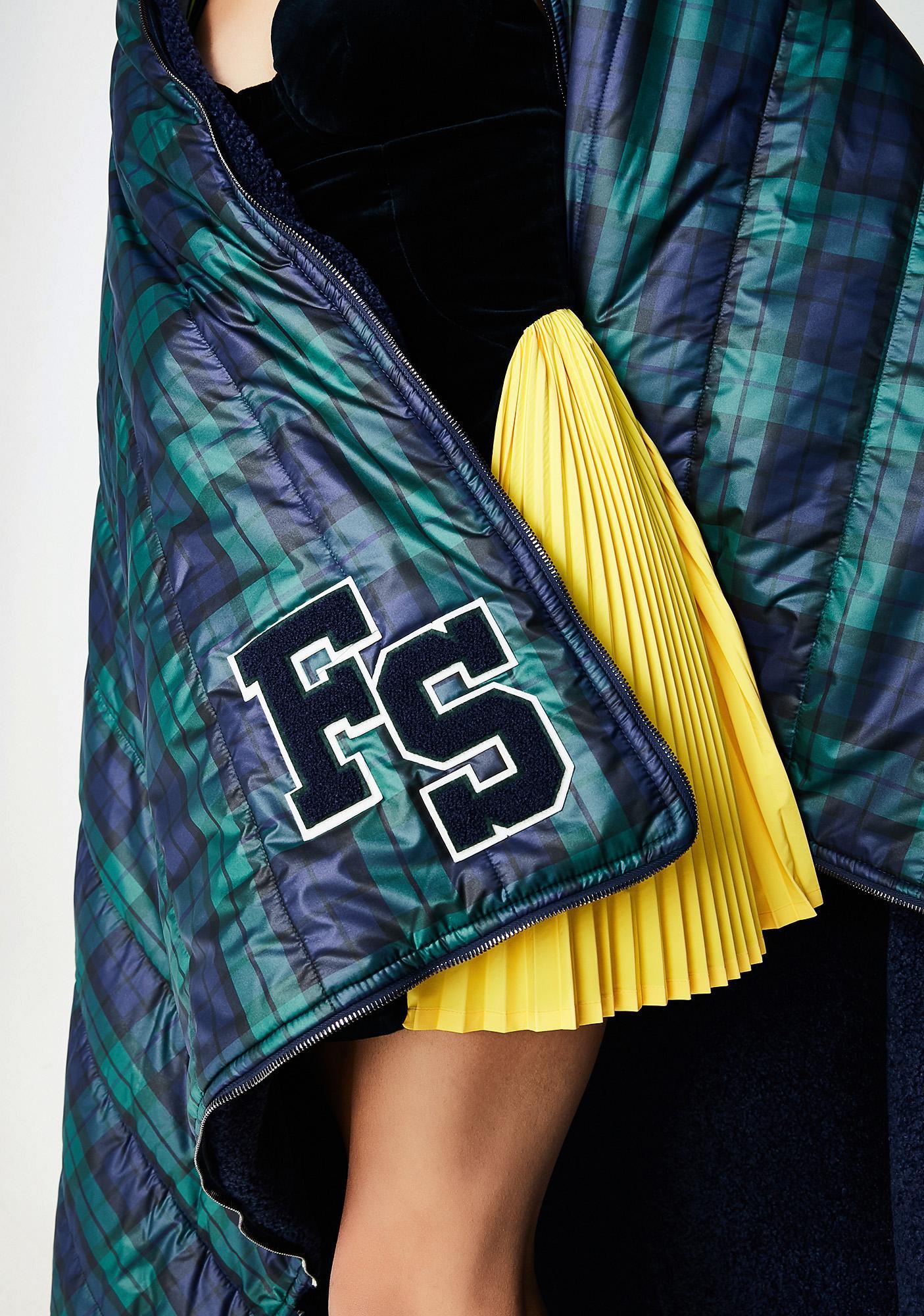 PUMA FENTY PUMA By Rihanna Quilted Sleeping Bag Shawl