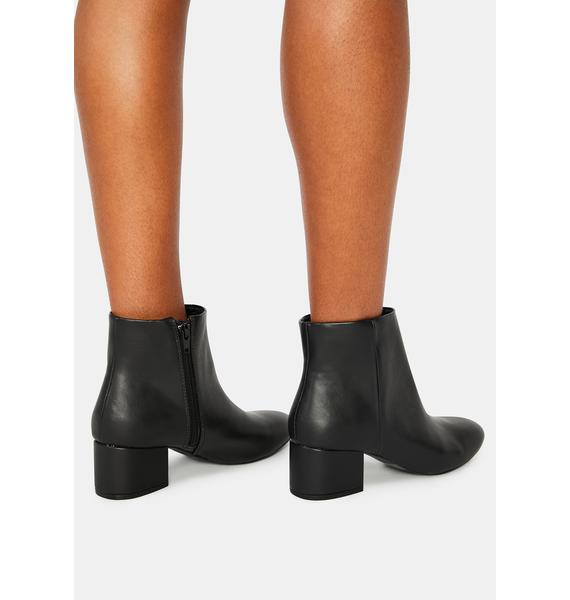 Onyx Give Me A Sign Ankle Boots