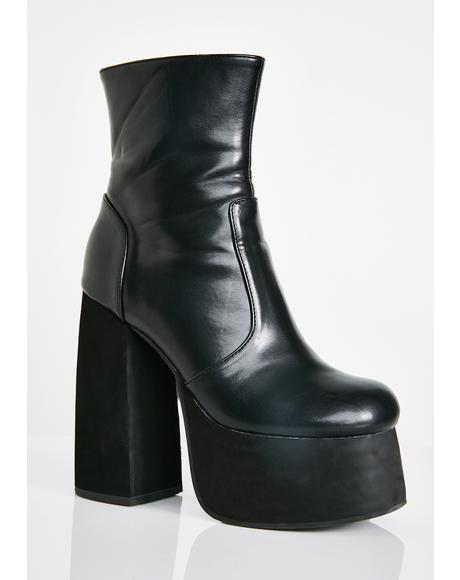 Midnight Baddie Behavior Platform Boots