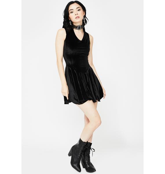 Devil Fashion Sharp Shoulders Velvet Dress