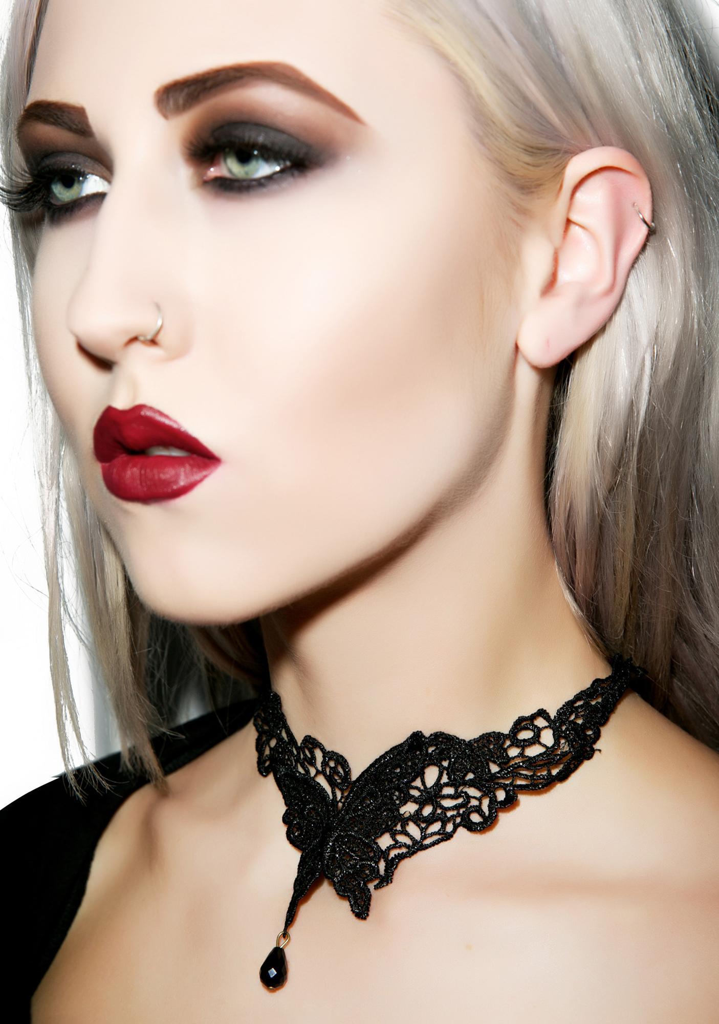 Belladonna Lace Necklace