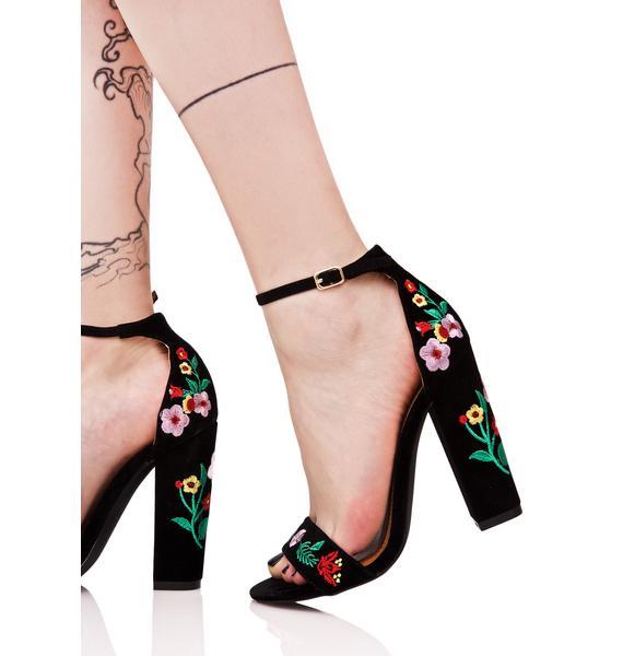 Esperanza Embroidered Heels