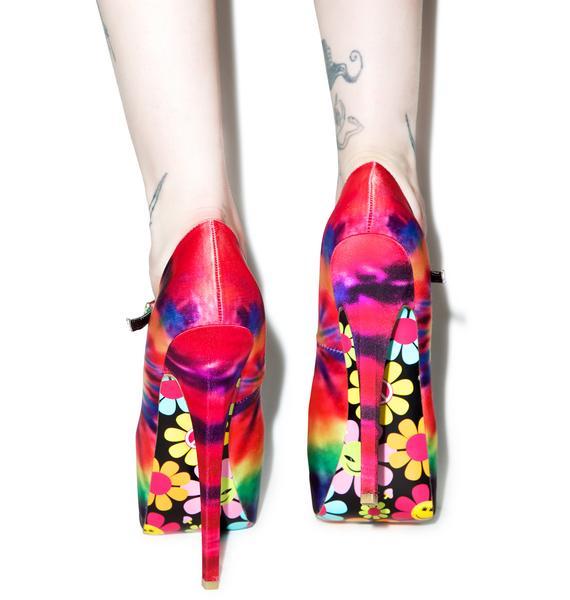 Taylor Says 2DyeFor Platform Heels