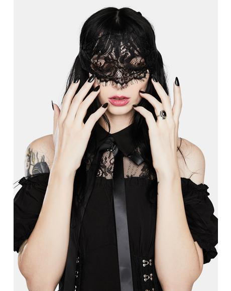Mysterious Girl Lace Blindfold