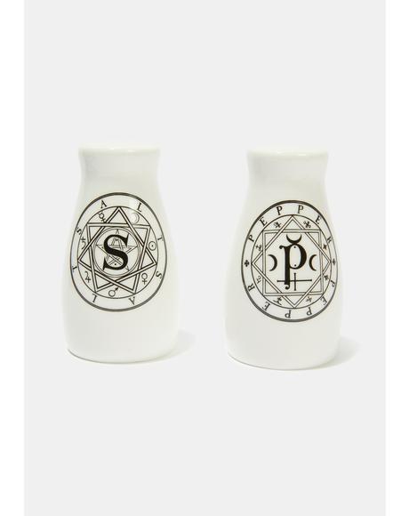 S & P: Salt & Pepper Set