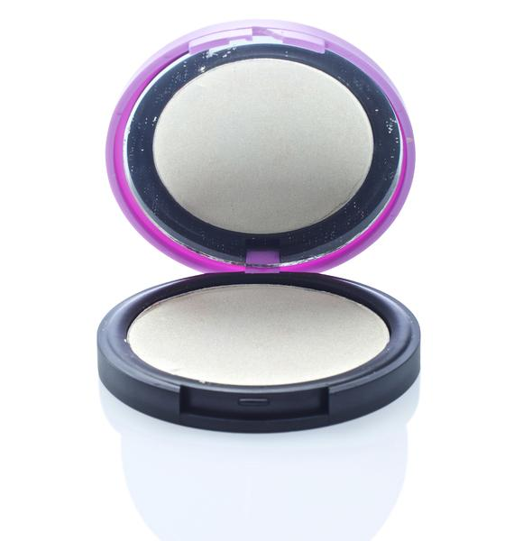 Medusa's Makeup Moonlight Highlighter