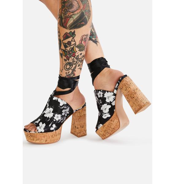 Lamoda Flower Crown Shoe Queen Platform Clogs