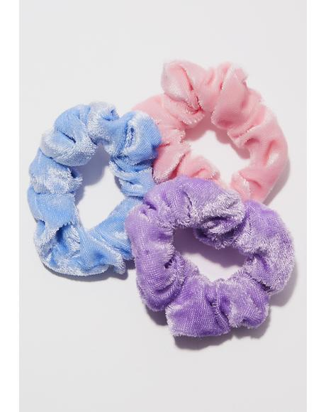 Fuzzy Bright Scrunchie Set