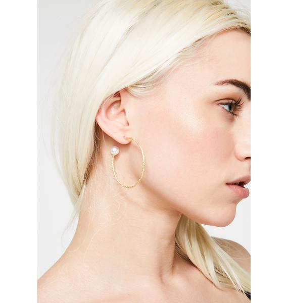 Pearly Goodness Hoop Earrings