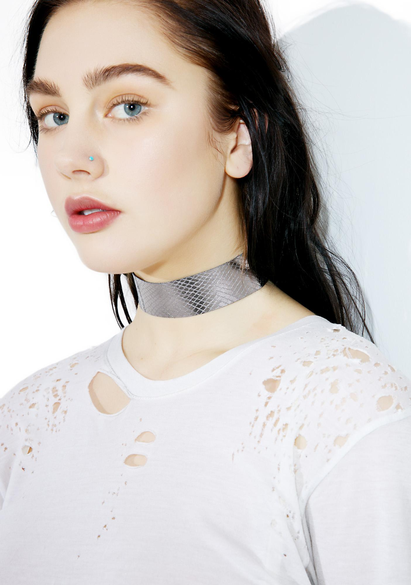 Love And Madness Scale Choker