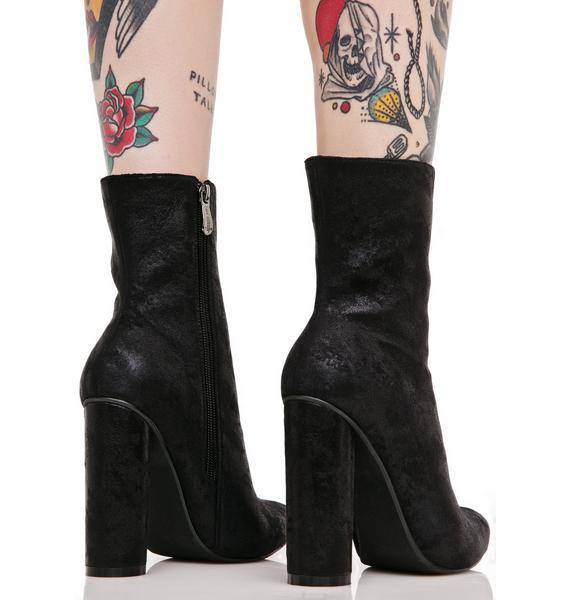 Conquerer Boots