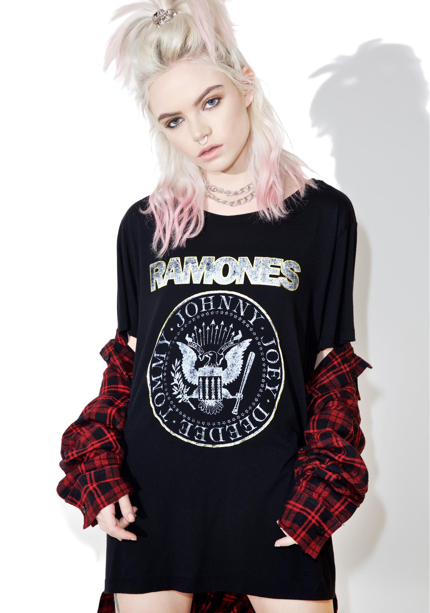 Daydreamer Ramones Seal Shimmer Tee