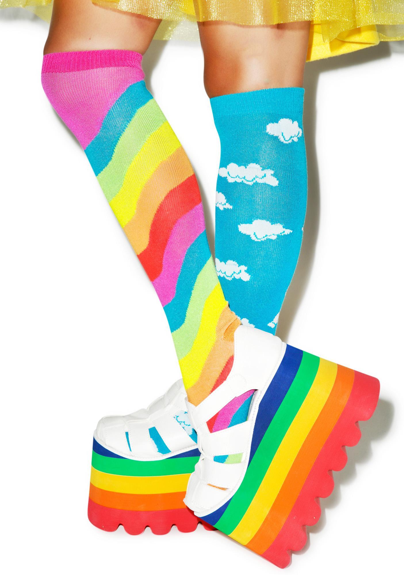 Cloudy Wid Rainbows Mismatch Socks