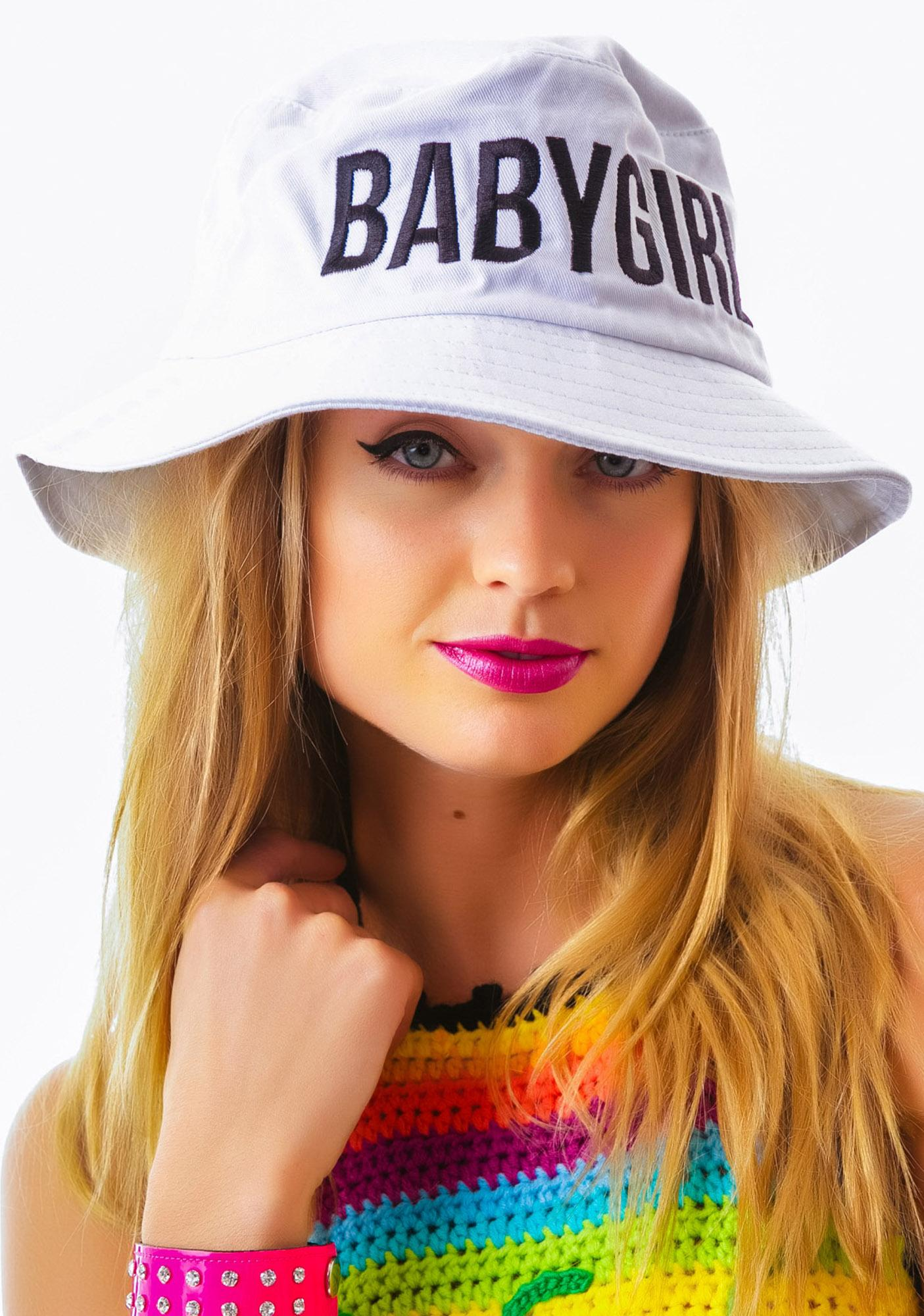 dimepiece babygirl white bucket hat | dolls kill