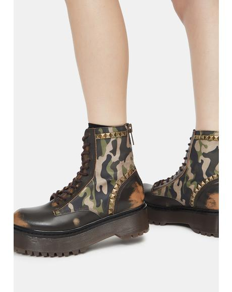 Camouflage Studded Avenger Boots