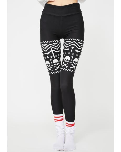 Skull And Snowflakes Christmas Sweater Leggings