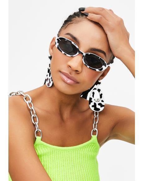Udder Candid Pics Oval Sunglasses