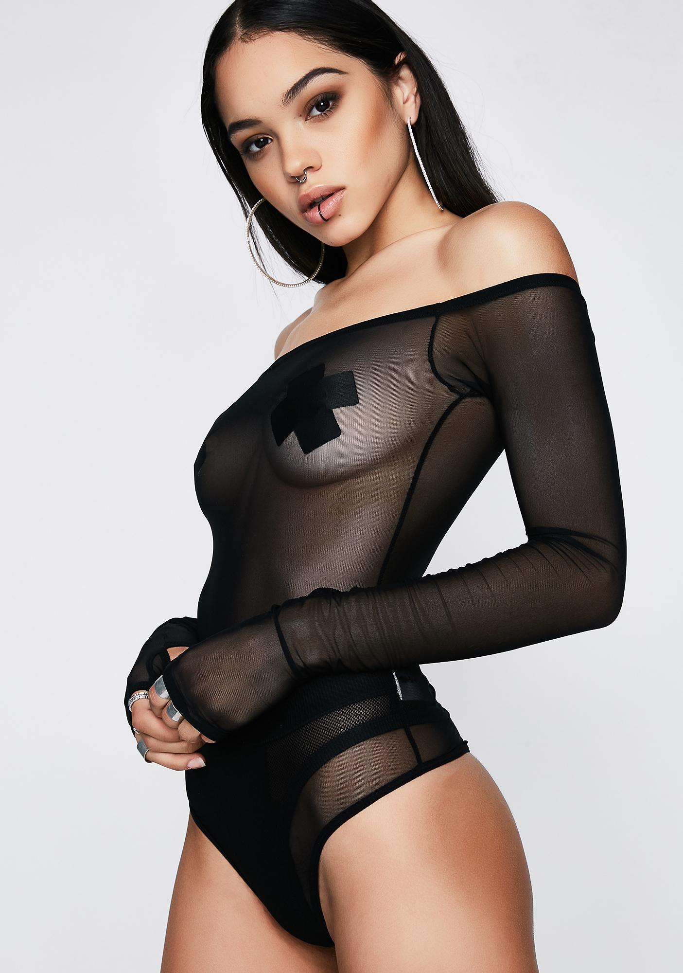 Poster Grl Makin' Moves Off-Shoulder Bodysuit