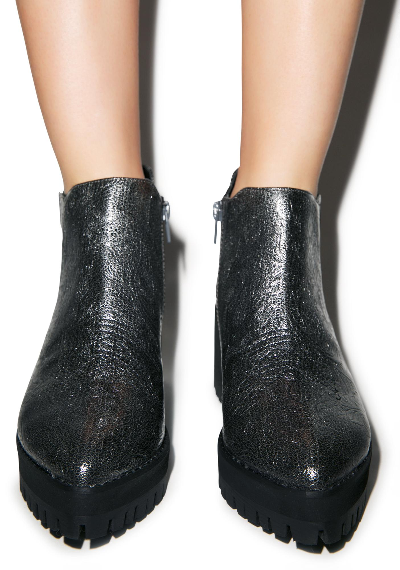 Y.R.U. Metallic Wolf Boots