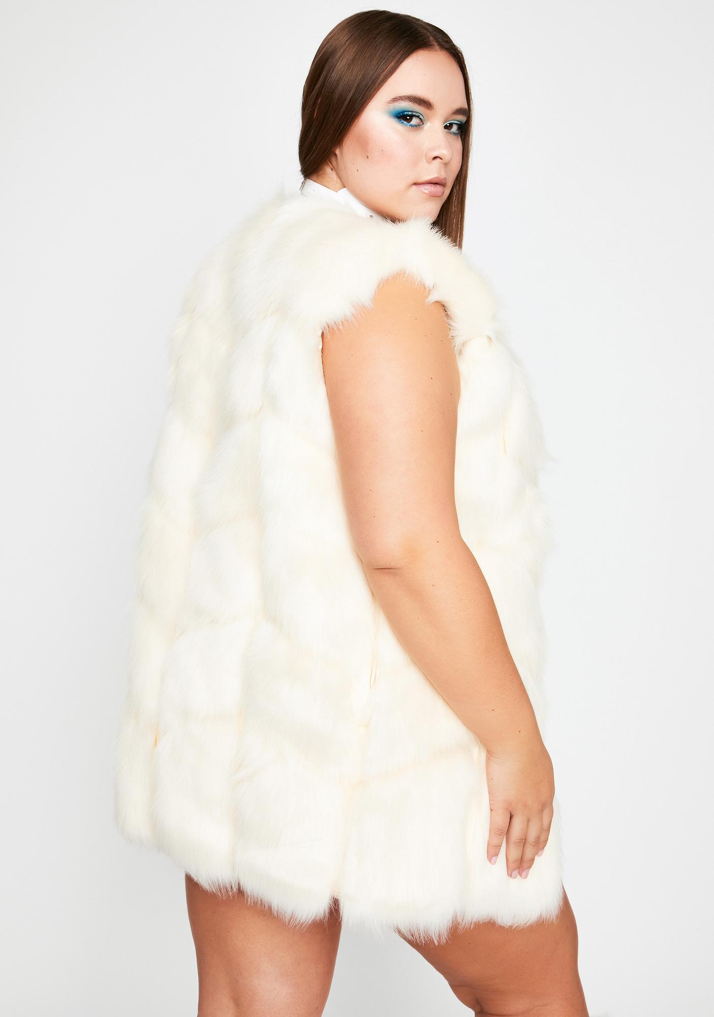 Her Posh City Faux Fur Vest