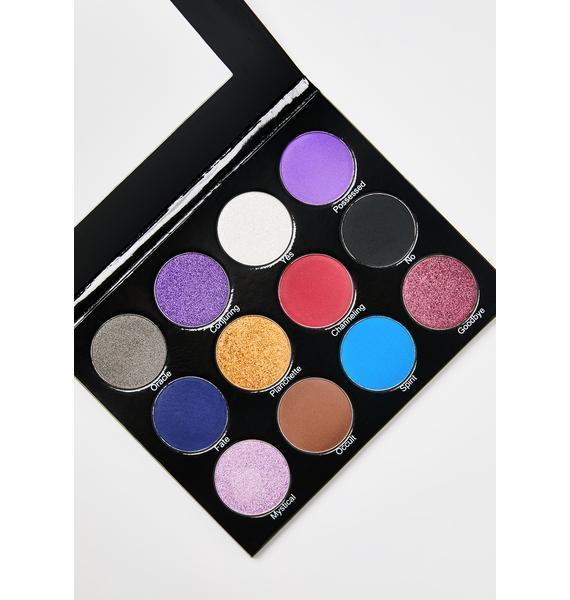 Peachy Queen Spirit Board Eyeshadow Palette