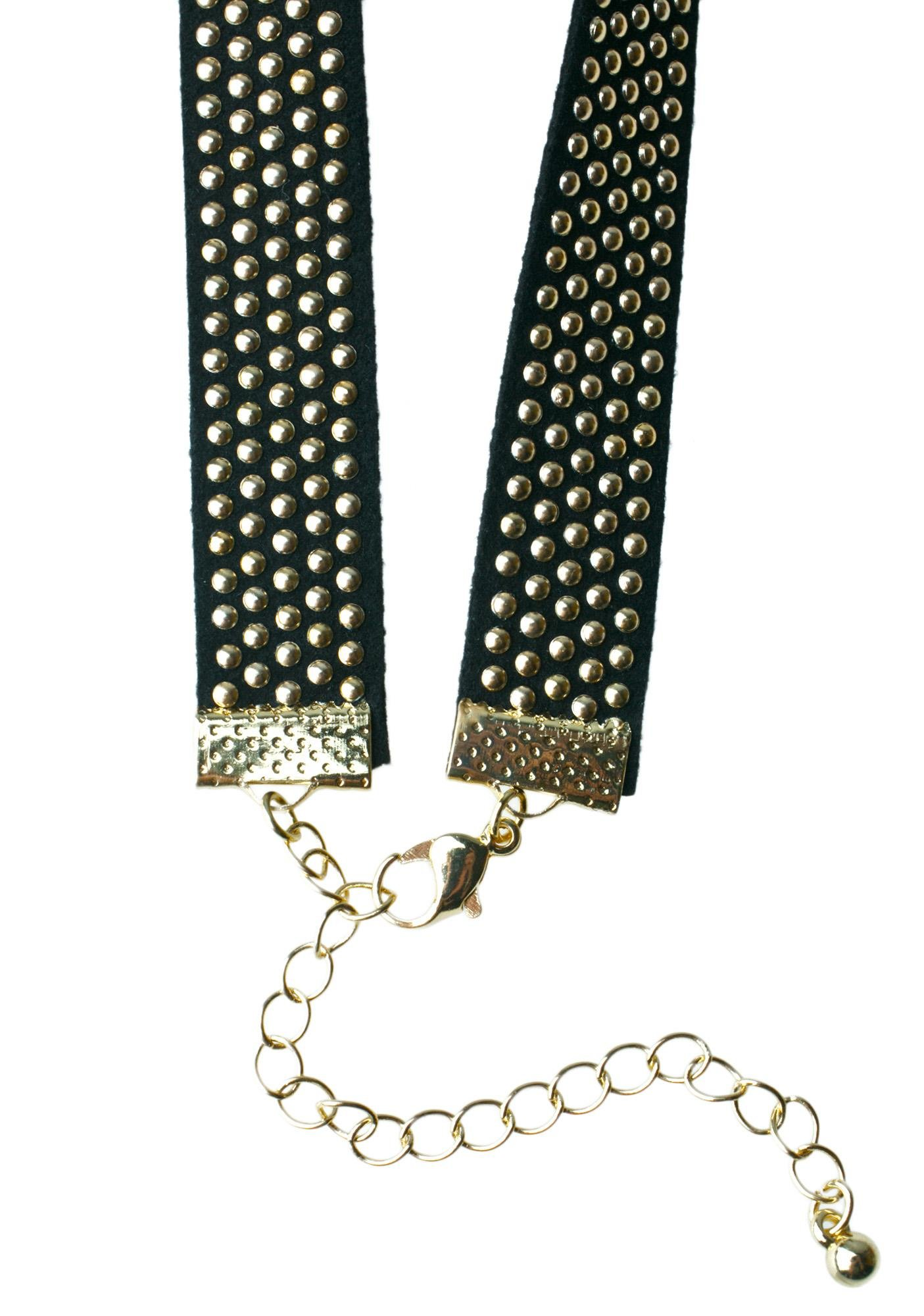 Misguided Stud Choker
