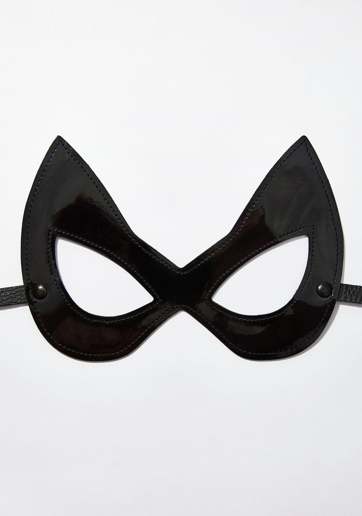All Nine Lives Mask