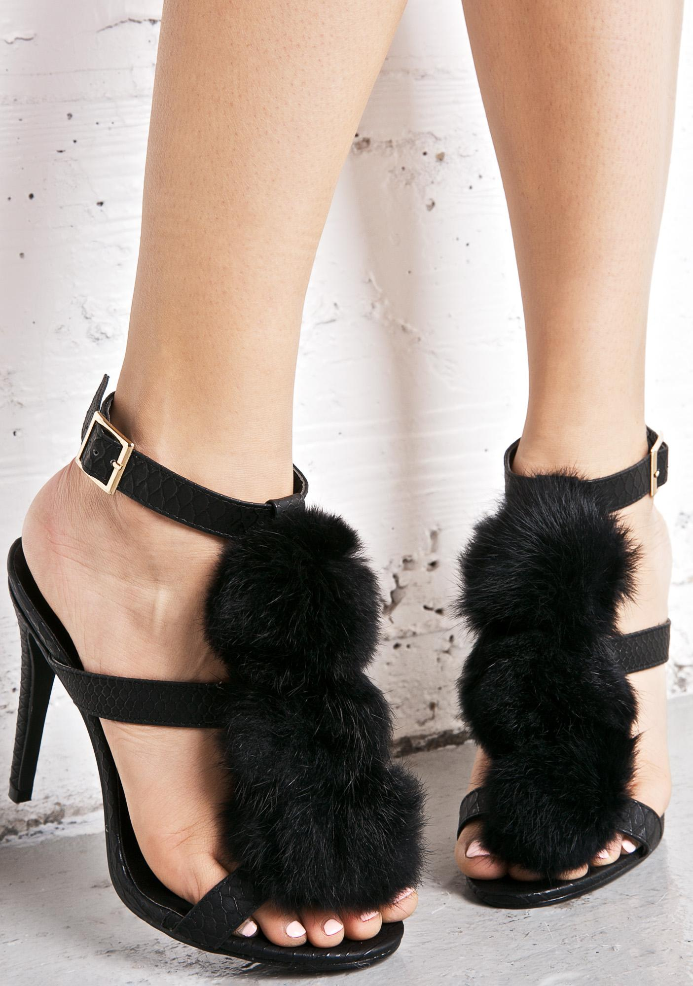 Privileged Onyx Pouty Puff Heels