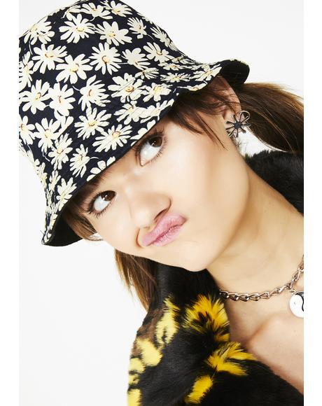 Lovesick Daisy Bucket Hat