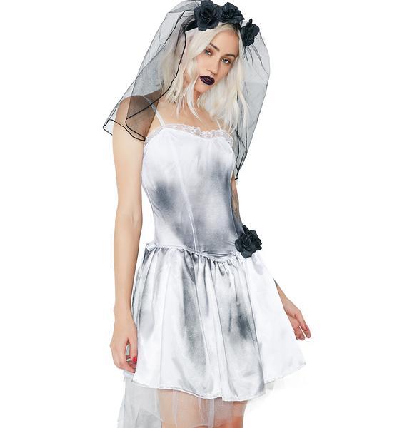 Dolls Kill Grave Proposal Bride Costume