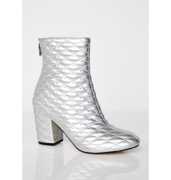 Bougie Gal Quilted Boots