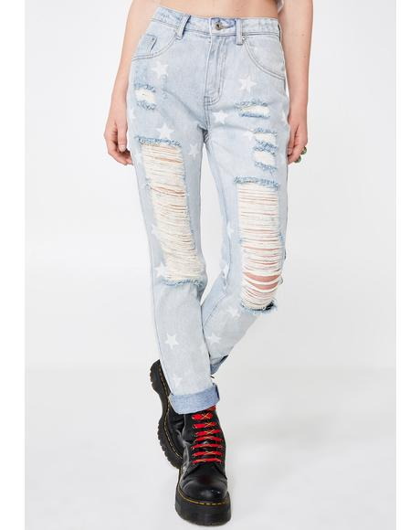 Star Status Distressed Jeans